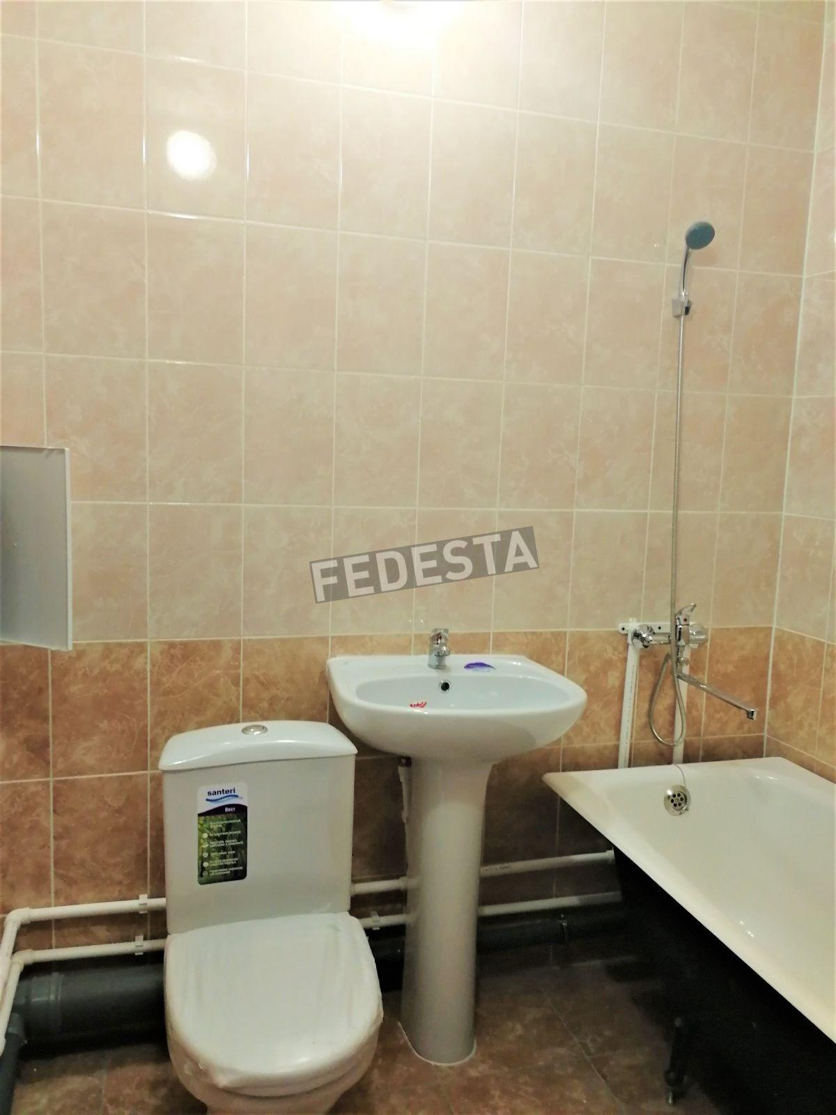 Квартира в аренду по адресу Россия, Тюменская область, Тюмень, Лесопарковая ул, 9
